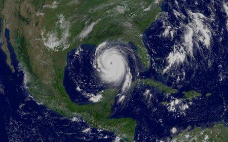 Ураган Катрина в Мексиканском заливе